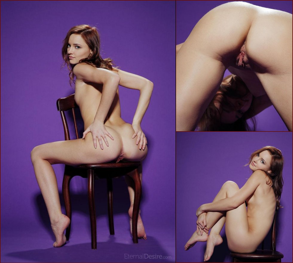 Naked Cathleen shows gorgeous, young body. Part 2 - 2